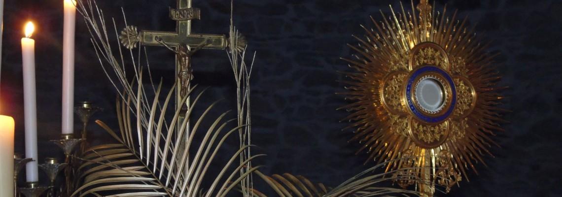 Saint Sacrement - Paroisse Bienheureux Noël Pinot -