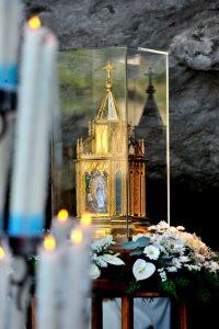 Les Reliques de Sainte Bernadette en Anjou